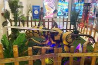 Realistic Animatronic Insects Honeybee For Outdoor Kids Amusement Park