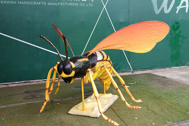 Sun Proof Giant Artificial Insects , Animatronic Bee With Realistic Stripe