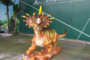 China Long 3 Meters Life Size Dinosaur Statue For Square , Dinosaur Garden Sculpture factory