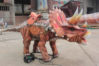 China Realistic Animatronic Red Triceratops Dinosaur Ride For Amusement Park factory