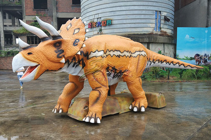 Customized Realistic Dinosaur Model , Real Looking Jurassic World Triceratops